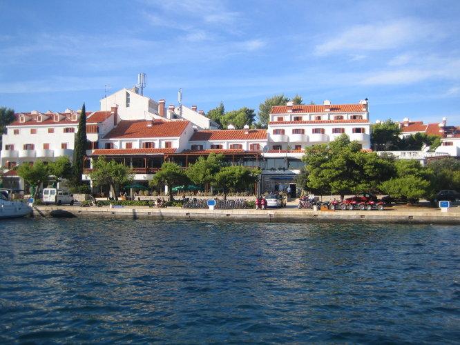 Отель Odisej