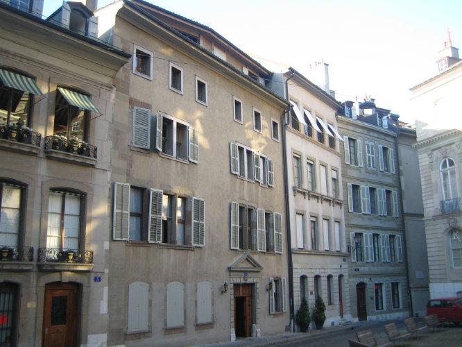 Тихо на улицах Женевы