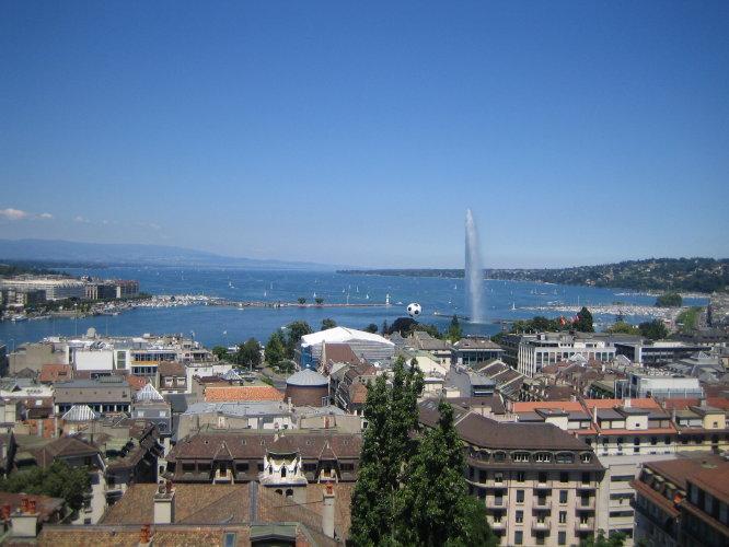 Панорама Женевы с собора Сен-Пьер